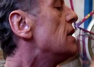 Vader neukt dochter zonder condoom